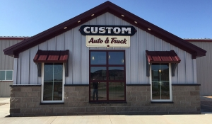 Custom Auto & Truck Office